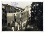 Giardino delle Scuole Carraresi verso via dell'Accademia, inizio delle demolizioni per far posto al nuovo palazzo della Facoltà di Lettere, il Liviano