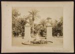Viale delle Palme e statua di Paride