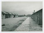 Campo di concentramento di Bolzano. Il cortile e due