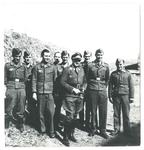 Willy Lembcke con alcuni membri del S.D. di Este. 1944
