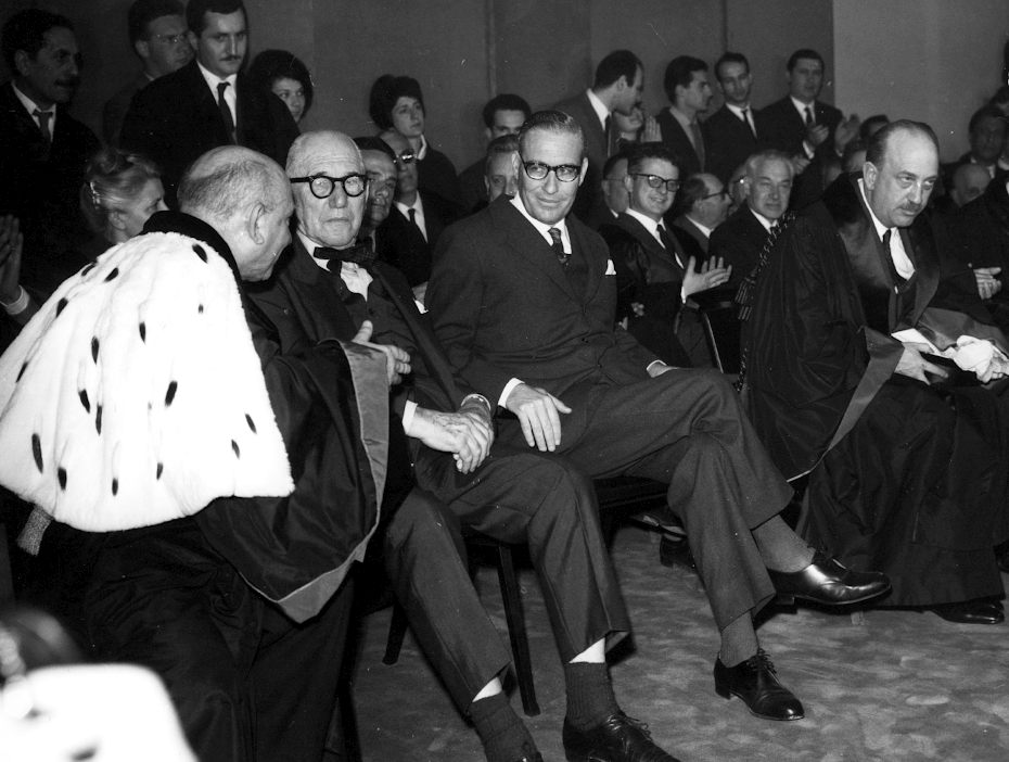 Giuseppe Samonà, Le Corbusier, Carlo Ottolenghi and Giuseppe Mazzariol at the inaugural ceremony of the 1964-65 academic year, 12 April 1965.